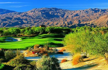 Palm-Desert-golf-course-abate-weeds-with-chemicals